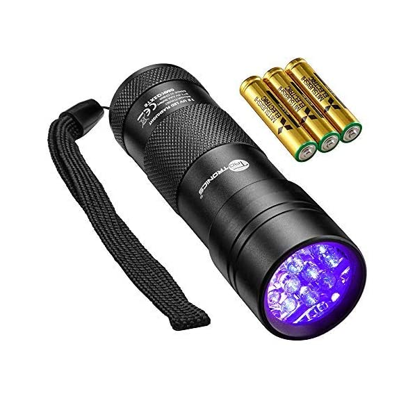 TaoTronics Black Light, 12 LEDs 395nm UV Blacklight Flashlights Detector for Pets Urine and Stains with 3 Free AAA Batteries 1