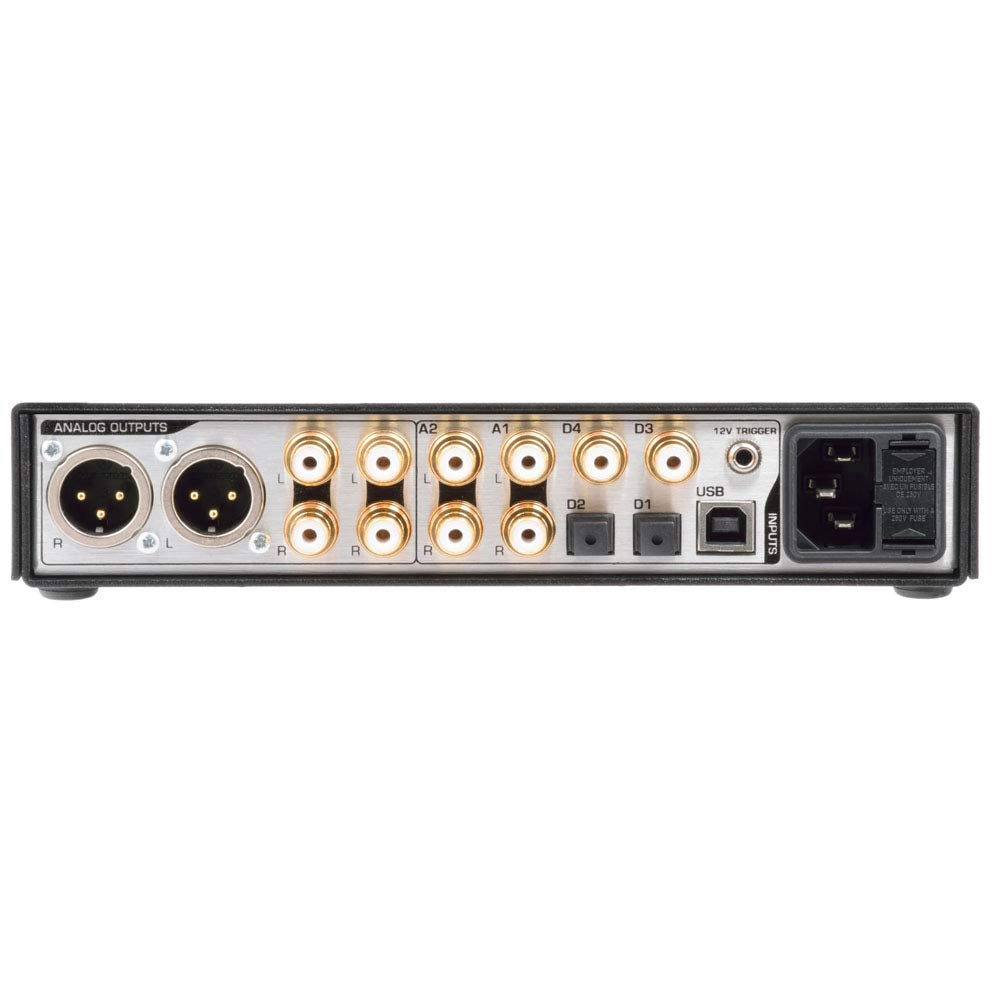 Benchmark DAC3 L Digital to Analog Converter with Black Faceplate with Remote
