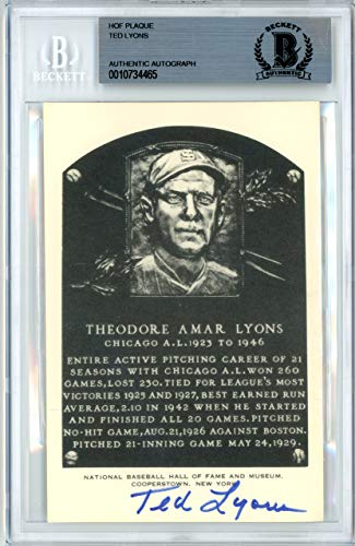 (Ted Lyons Autographed Artvue HOF Plaque Postcard Chicago White Sox Beckett BAS #10734465)