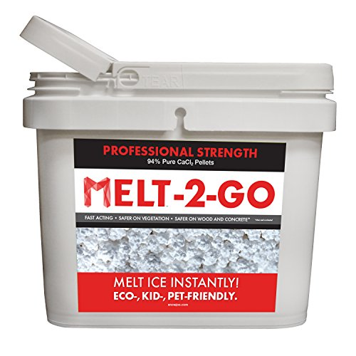Snow Melt Ice (Snow Joe AZ-25-CCP-BKT Melt-2-Go 94% Pure Calcium Chloride Pellet Ice Melter, 25-lb Flip-Top Bucket W/Scooper)