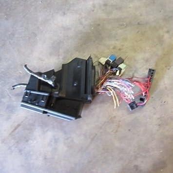amazon com bmw 61131387613 e36 z3 fuse box distributor oem roadster smart fuse block bmw 61131387613 e36 z3 fuse box distributor oem roadster