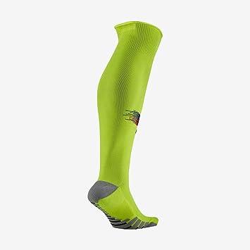Amazon.com: Nike 2018-2019 Barcelona Away - Calcetines ...