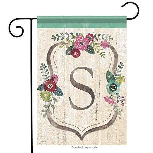 (Aric Garden Flag - Classic Floral Monogram)