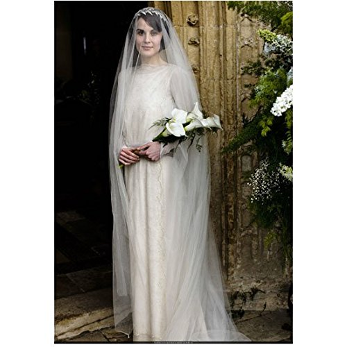 Downton Abbey (TV Series 2010 - 2015) 8 inch by 10 inch PHOTOGRAPH Michelle Dockery Beautiful in Bridal Gown & Veil Holding Flowers kn (Veil Gown)