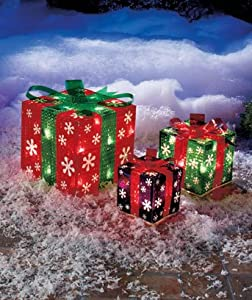 Amazon.com: Set of 3 Lighted Gift Boxes Snowflakes Red Green ...