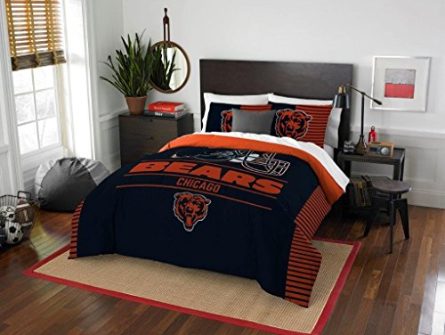 - Chicago Bears - 3 Piece FULL / QUEEN SIZE Printed Comforter & Shams - Entire Set Includes: 1 Full / Queen Comforter (86