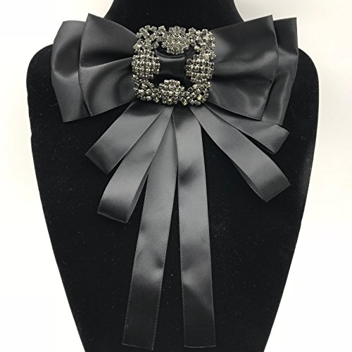 Multi-layered butterfly ribbon with diamond brooch small bow tie (Ribbon Bow Tie)