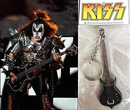 Amazon.com: Llavero Guitarra BassCort Punisher Gene Simmons ...