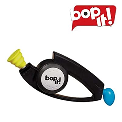 Bop It Classic by Hasbro: Juguetes y juegos