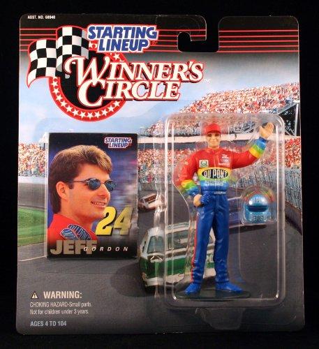 1997 - Hasbro - Formación inicial - Círculo de ganadores - Figura de acción de Jeff Gordon - # 24 Dupont Monte Carlo - Incluye casco y tarjeta de colección - Coleccionista perfecto - Fuera de producción - Nuevo - Menta - Coleccionable