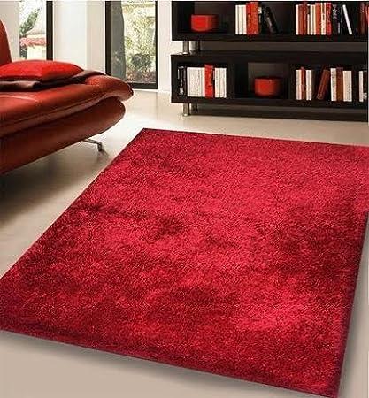 Alfombra Moderna Color Rojo De Una Pulgada 100% Poliéster. TAMAÑO: 153 Centímetros Por