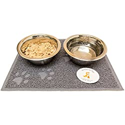Everlast Pet Toys   Bowl & Mat Feeding Station for Cats and Small Animals   Anti Slip 'Paw' Shaped Floor Cover   Guaranteed   (2) Deep Silver Bowls   #1 Seller   For All Breeds And Sizes