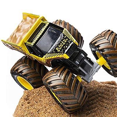 Monster Jam, Earth Shaker Monster Dirt Starter Set, Featuring 8oz of Monster Dirt and Official 1:64 Scale Die-Cast Monster Jam Truck: Toys & Games
