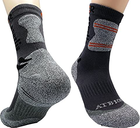 Everlis Unisex Hiking Antibacterial Mid Cushion Athletic Crew Socks Mens Womens (M(US Women Shoe 8~10 = Men 7~9, size10), Grey 2pairs - Anti Blister Double Layer Cool
