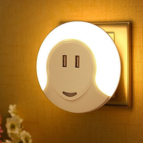 Effiet LED Night light with Dual USB Charging Ports 5V 2A, Plug in Wall Light with Dusk to Dawn Sensor, Warm Nursery Night Light with Bedroom Bathroom Kitchen Hallway Kids Baby by EFFIET