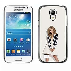 A-type Arte & diseño plástico duro Fundas Cover Cubre Hard Case Cover para Samsung Galaxy S4 Mini i9190 (Sexy Rubia)