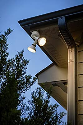Cree TPAR38-1503025FH25-12DE26-1-E1 PAR38 120W Equivalent LED Light Bulb, Bright White