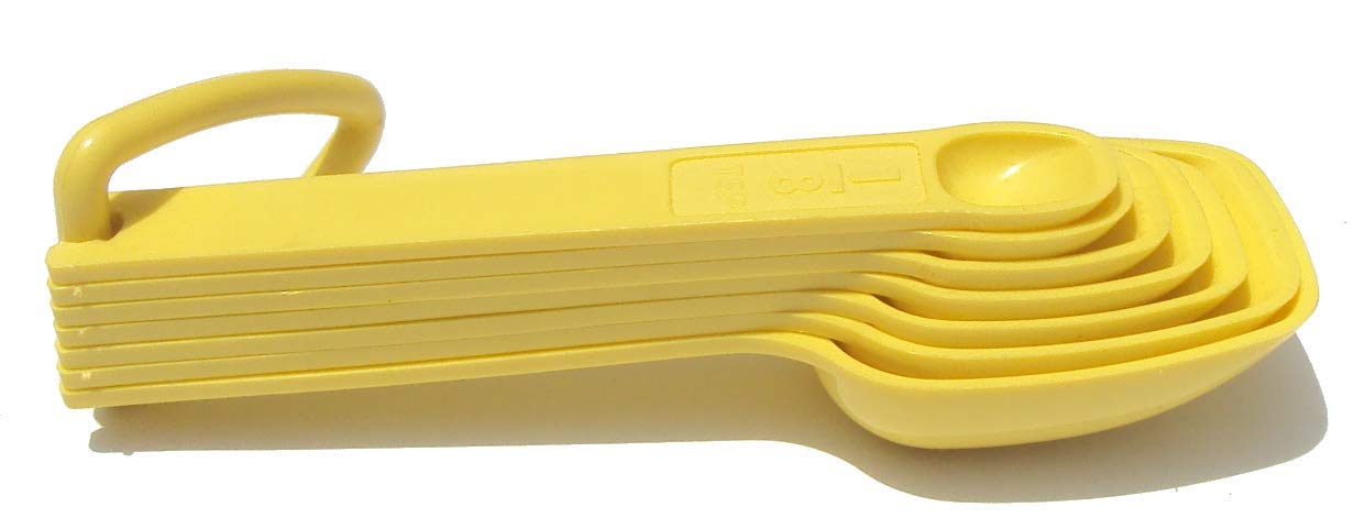 Tupperware Measuring Spoons with Ring Holder Yellow by Tupperware