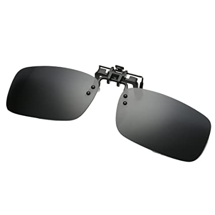 2c02b5ef70 Amazon.com   Simvey Lightweight Polarized Clip on Flip up Square Sunglasses  for Driving Fishing Traveling UV400   Sports   Outdoors