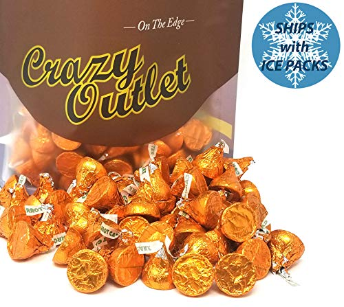 Hershey's Kisses Easter Carrot Cake Candy, Easter Basket Candy, 2 lbs]()
