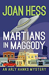Martians in Maggody (The Arly Hanks Mysteries)