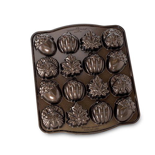Nordic Ware Seasonal Collection Autumn Cakelette Pan