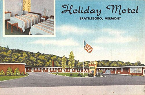 Brattleboro Vermont Holiday Motel Street View Antique Postcard K66174