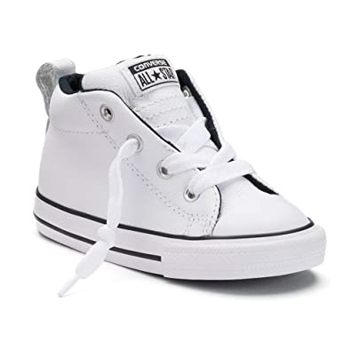 00d2566a50f7 Amazon.com  Converse Chuck Taylor All Star Street Mid Fashion ...