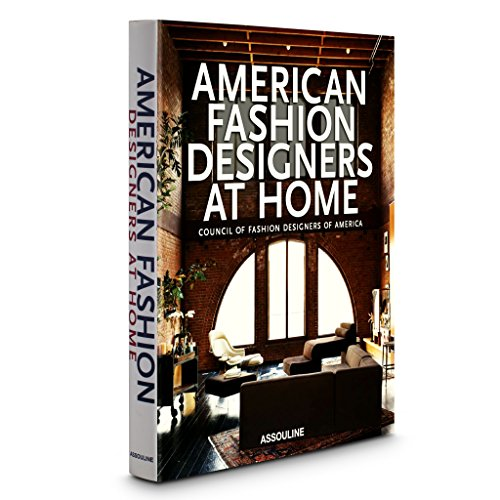 American Fashion Designers at Home (Trade) (Best American Fashion Designers)