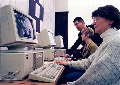 - Vintage photo of Computers -Job search