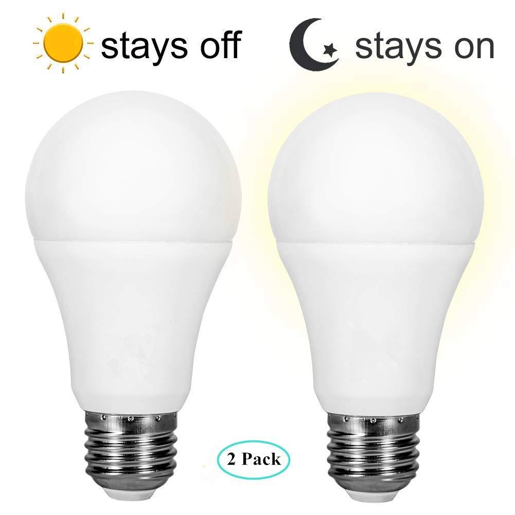 Tohoer センサーライト 電球 夕暮れから夜明けまで LED電球 スマート照明ランプ 7W E26/E27 自動オン/オフ 屋内/屋外 庭 ポーチ テラス ガレージ 庭 (温白色 2個パック) B07JY9R2LS