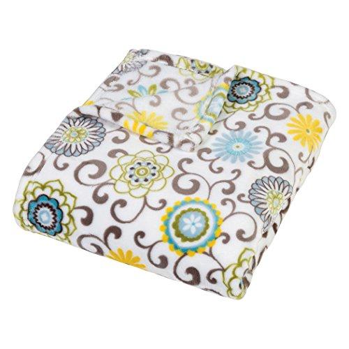 Price comparison product image Trend Lab Plush Multi Waverly Throw Blanket, Pom Pom Spa
