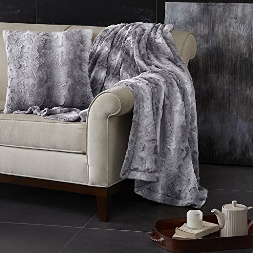 Madison Park Zuri Faux Fur Faux Fur Modern Accent Throw Pillow, Luxury Animal Animal Square Animal Square Animal Square Decorative Pillow, 20X20, Grey