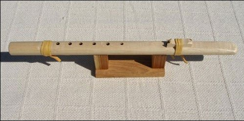 Native American Style Windpony Key of A Maple 6-hole Native American Style Flute