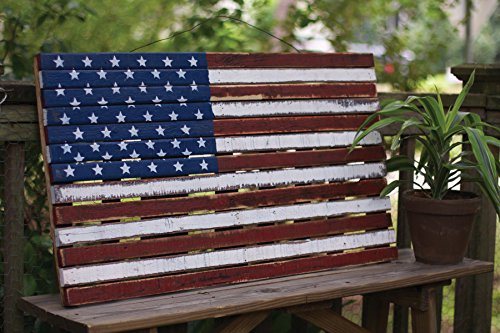 (Kalalou Multi-Colored Wooden American Decorative Flag)