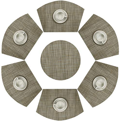 SHACOS Round Table Placemats Wedge Placemats Woven Vinyl Placemat Set of 7 Heat Resistant Table Mats (7, Bamboo Green)