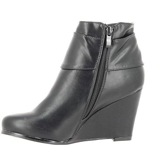 Cuña botas de tacón de 9cm de piel sintética negro