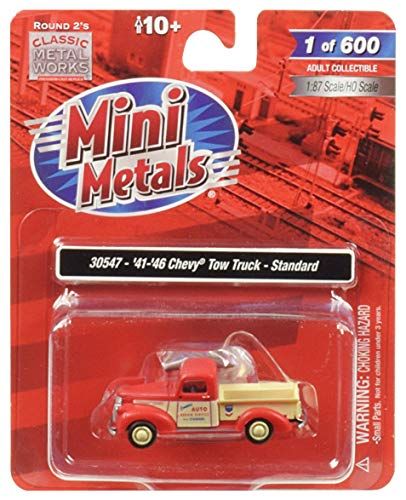 1941-1946 Chevrolet Tow Truck Standard Auto Repair Service 1/87 (HO) Scale Model Car by Classic Metal Works 30547