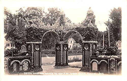 South East Entrance to Grotto West Bend, Iowa postcard