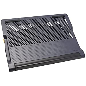 Targus Chill Hub and Chill Mat with 4-port Hub for Laptop up to 17-Inch, Black (AWE81US)