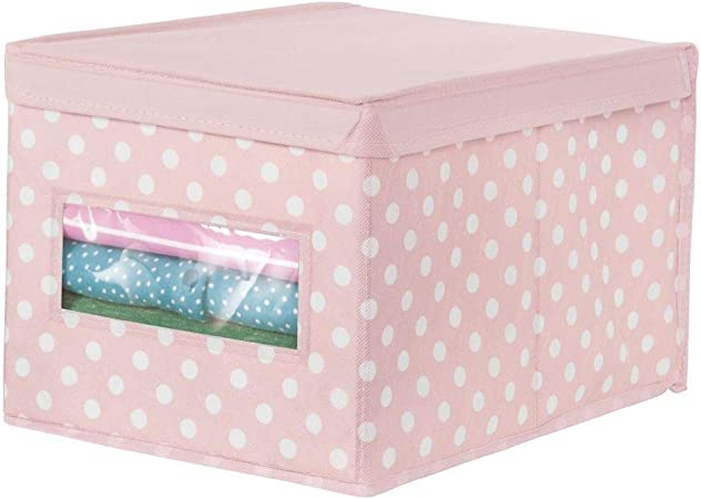 mDesign Caja organizadora grande de tela – Caja de almacenaje apilable con tapa y ventanilla – Para ordenar armarios o guardar ropa y zapatos – Organizador de armarios de lunares – rosa/blanco:
