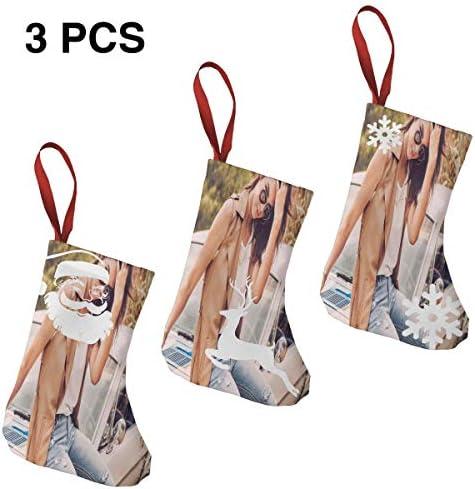 クリスマスの日の靴下 (ソックス3個)クリスマスデコレーションソックス Kendall Jenner クリスマス、ハロウィン 家庭用、ショッピングモール用、お祝いの雰囲気を加える 人気を高める、販売、プロモーション、年次式