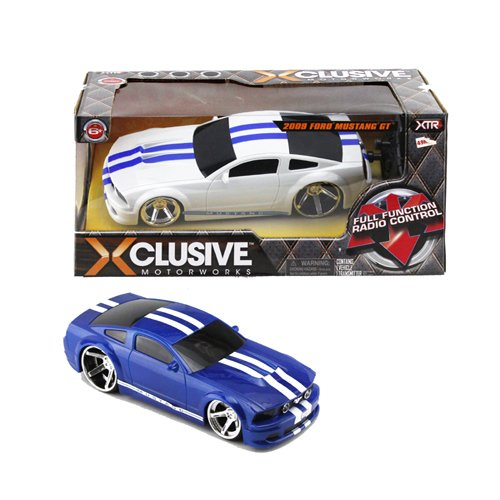 (XTR Toys Xclusive Motorworks 2009 Ford Mustang GT Full Function Radio Control 49 Mhz for Kids Age 8+ ( Assorted Color ))