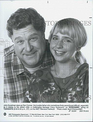"1991 Press Photo John Goodman Lecy Goranson Play Father Son ""Roseanne"" ABC TV"