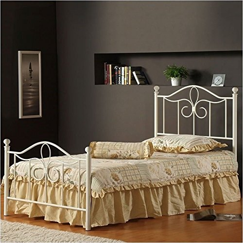 Hillsdale Furniture 1354BFMR Westfield Metal Bed Set with Rails, Full, Off White
