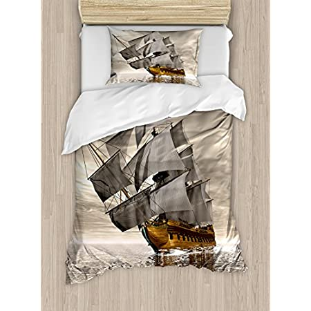 51mS9dcznaL._SS450_ Pirate Bedding Sets and Pirate Comforter Sets