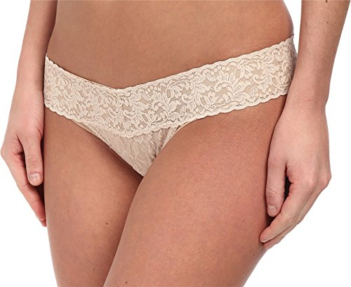 Hanky Panky Women's Signature Lace Low Rise Thong Panty, ...