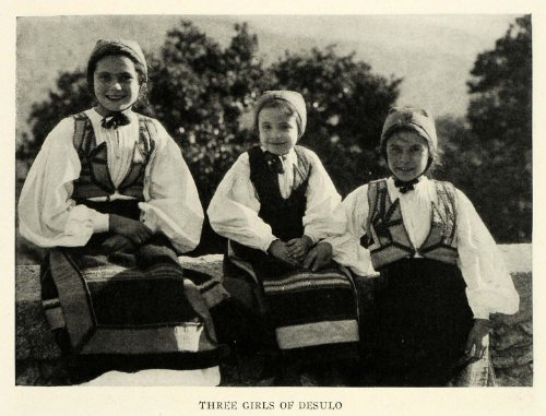 [1923 Print Desulo Children Traditional Costume Red Orbace Nuoro Italy Clothing - Original Halftone Print] (Costume Di Desulo)