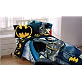 "Batman 72 by 86-Inch ""From The Rooftop"" Reversible Comforter, Twin/Full"