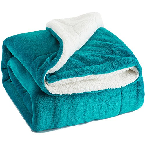 Sherpa Throw Blanket Peacock Blue Twin Size Reversible Fuzzy Fleece Bed Blankets Microfiber All Seasons Luxury Fluffy Blanket for Bed or Couch 60